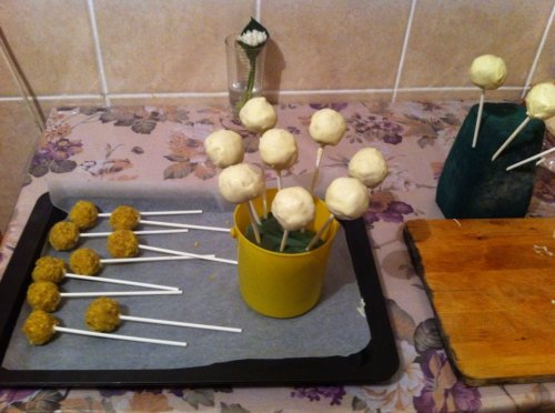 cake pops in proces